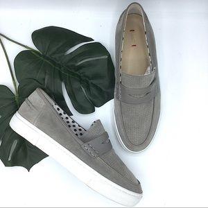 ED Ellen Degeneres Grey Suede Slip On Sneakers 9